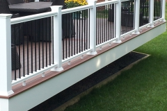21-Deckorators CXT Railing Sample